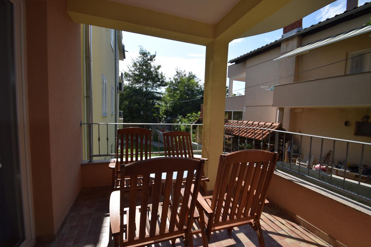 Apartment 5S
